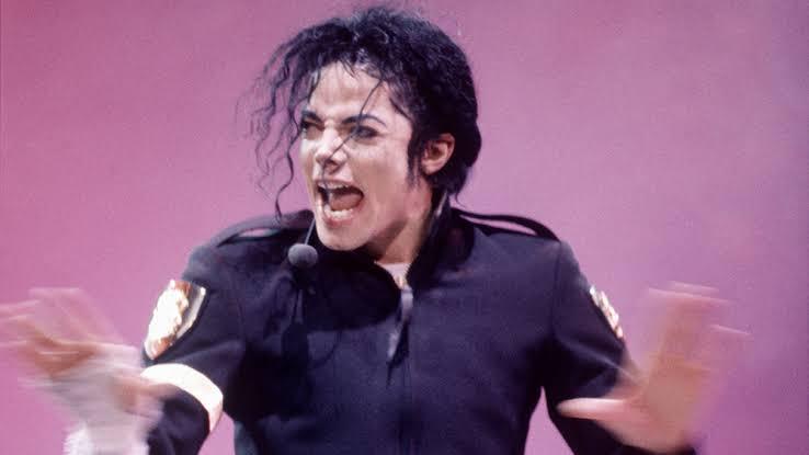 Download: Michael Jackson The Girl Is Mine -djitunez.com